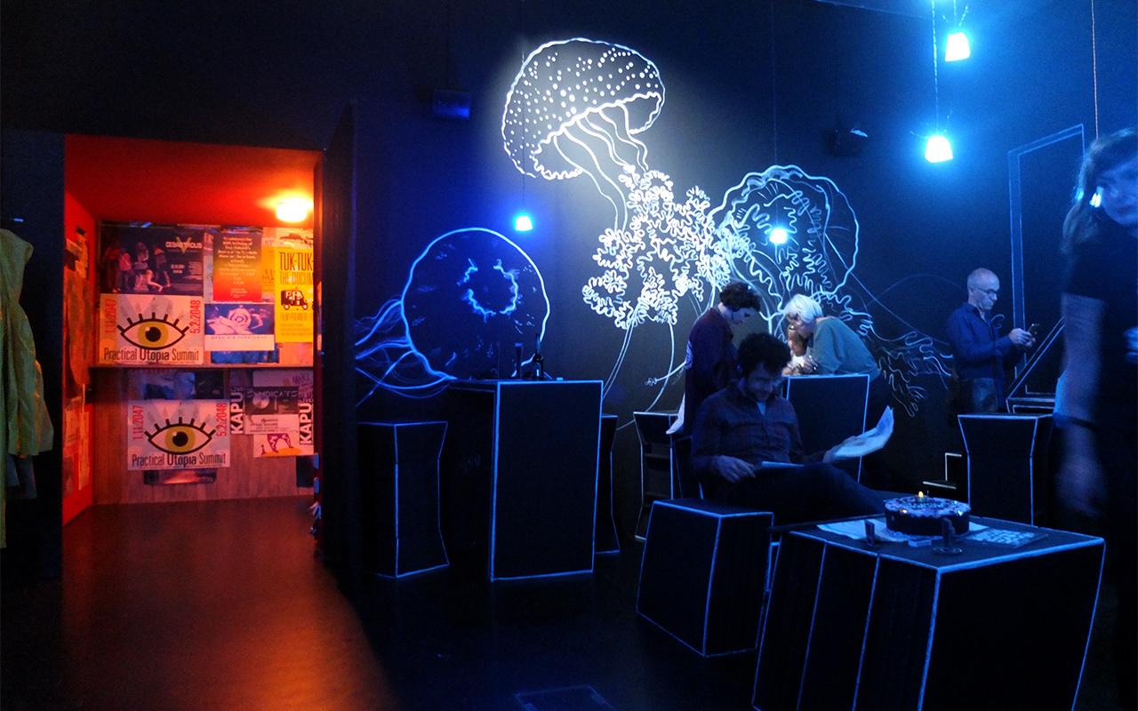 Medusa Bar Jellyfishs · Illustration: Silke Müller