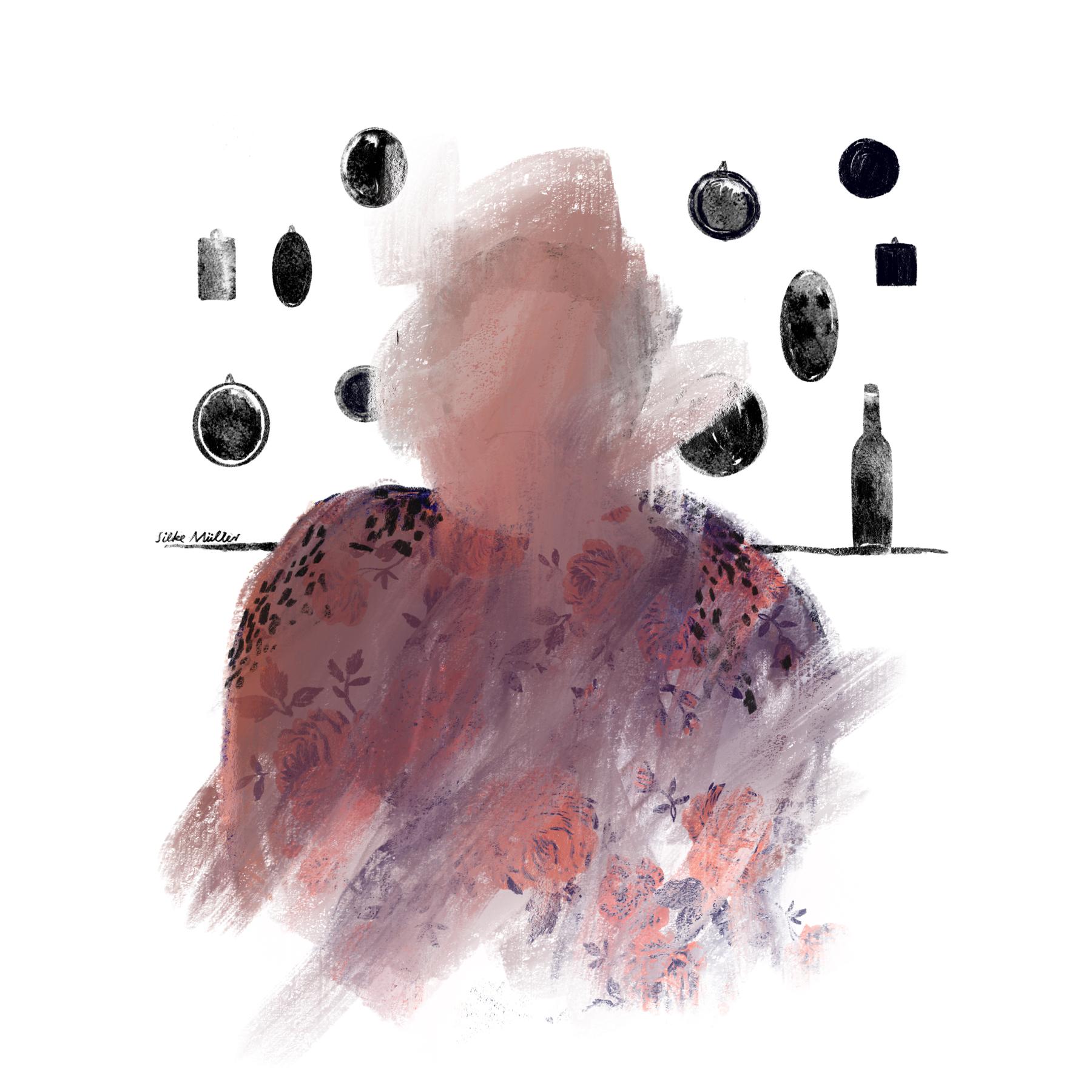 Eine alte Frau mit geblümter Bluse sitzt vor einer Wand mit kleinen Bilderrahmen. Die Bilder sind dunkle verwaschene Flecken. Das Gesicht der Frau ist verwischt und ohne Augen.